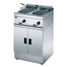 Lincat J18 Free Standing Electric Twin Tank Fryer 2 X 9ltr With 2 Baskets 2 X 9kw