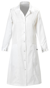 Lady's Coat With Two Lower Front Pockets White